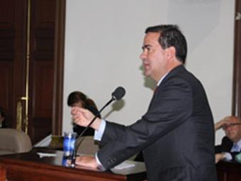Minambiente Frank Pearl es citado a debate en el Senado por el proyecto Tayrona
