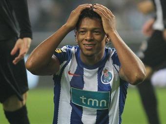 Freddy Guarín ya no jugará en el Juventus