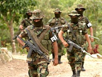 Paramilitares extraditados serán obligados por ley a reparar a sus víctimas