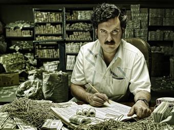 Escándalo en el país: Confidencial Colombia revela que está a la venta álbum 'Escobar, el patrón del mal'