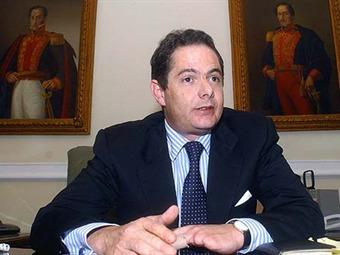 Procuraduría abre investigación a Germán Vargas Lleras por presuntos vínculos con alias 'Martín Llanos'