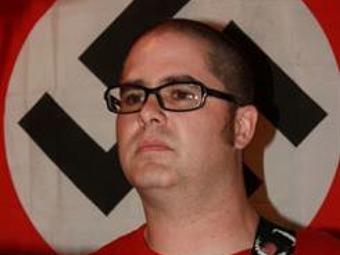 Autor de tiroteo en Wisconsin tenía nexos con grupos neonazis
