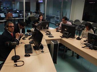HORA 20. Es un despropósito que una constituyente se use para sentar a hablar a Santos y Uribe: Alfonso Prada