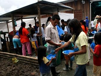 Colombia, uno de los pocos focos de esperanza para refugiados: Acnur