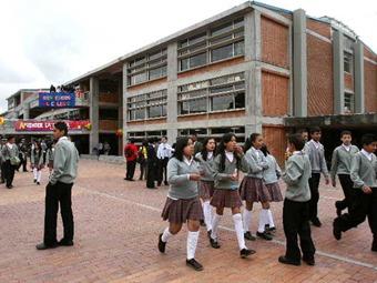 Lista la asignación de cupos a estudiantes nuevos del Distrito