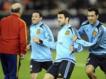 España y Uruguay, protagonizan un partido benéfico de muchos 'quilates'