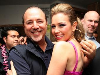 Corren rumores de divorcio entre Thalia y Tommy Mottola