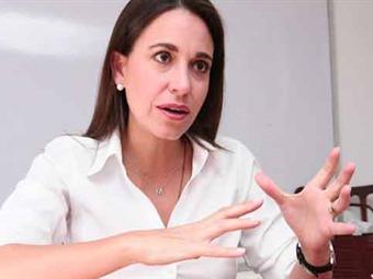 Si no hay democracia en Venezuela no habría paz duradera en Colombia: diputada venezolana