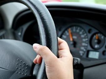 Exigen mayor seguridad a expedición de certificados médicos para licencias conducción