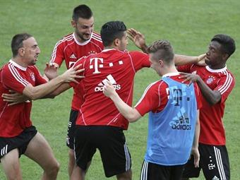 """Ribéry dice que le parece raro el esquema de Guardiola y su puesto de """"nuevo Messi"""""""