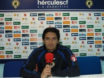 Abel Aguilar se incorpora a los entrenamientos del Hércules