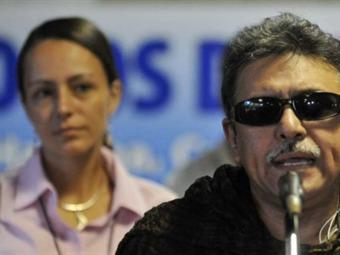 Marco para la paz solo servirá si es llevado a la mesa: Santrich