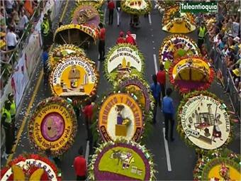 Desfile de silleteros celebr los 200 a os de antioquia for Silletas para ninos