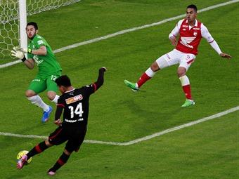 Santa Fe no sale de los empates, ante Medellín sumó el cuarto en línea