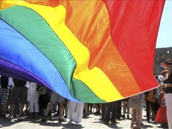 Uganda castigará con cadena perpetua actos homosexuales