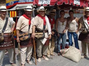 Fondas de arrieros, artesanías y rumbares, hoy en la Feria de Manizales