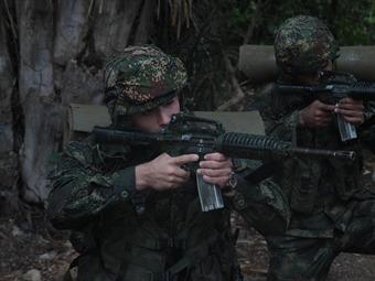 Un soldado y dos guerrilleros muertos en enfrentamientos en Cauca y Nariño