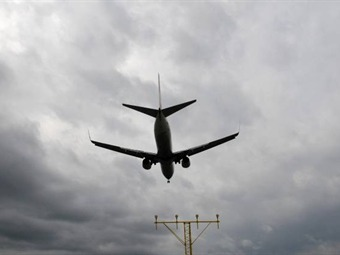 Cartagena busca mayor conectividad aérea con Lima