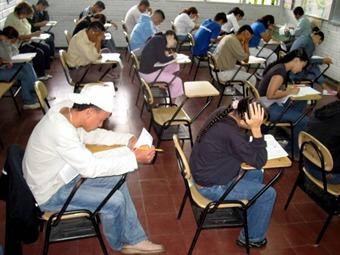 Cambian fecha del examen Icfes por revocatoria de Petro
