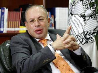 Gobierno desembolsará hoy $ 35.000 millones para revocatoria de Petro