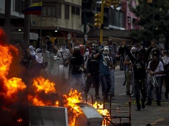 Al menos tres muertos más deja la oleada de protestas en Venezuela