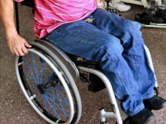 Roban silla de ruedas de un discapacitado en Bogotá