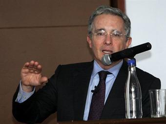 Uribismo rechaza reducción en esquema de seguridad a Álvaro Uribe