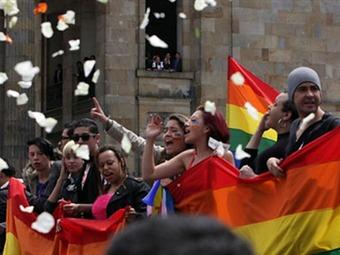 Organizaciones LGBTI hacen cuestionario a candidatos presidenciales