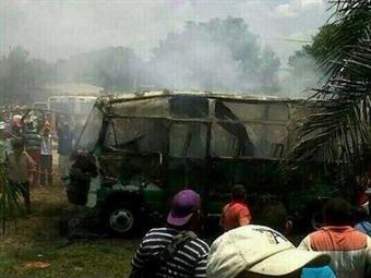 Se reportan preliminarmente 32 niños víctimas en bus incinerado
