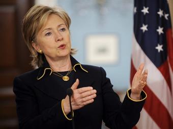 Hillary Clinton manifiesta su apoyo a proceso de paz