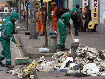 Bogotanos los que más basura botan y Medellín la que más residuos recupera