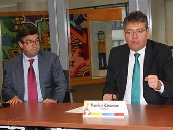 Minhacienda firma acuerdo de capitalización de Financiera de Desarrollo