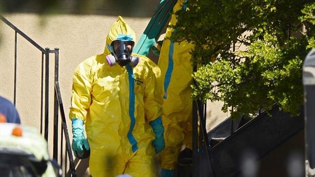 Con trajes de protección se prepara Colombia para eventual entrada de ébola