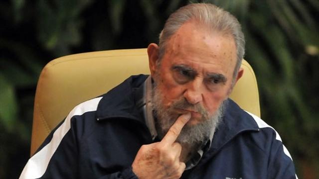 """Fidel Castro no confía en EEUU pero respalda """"solución pacífica"""""""