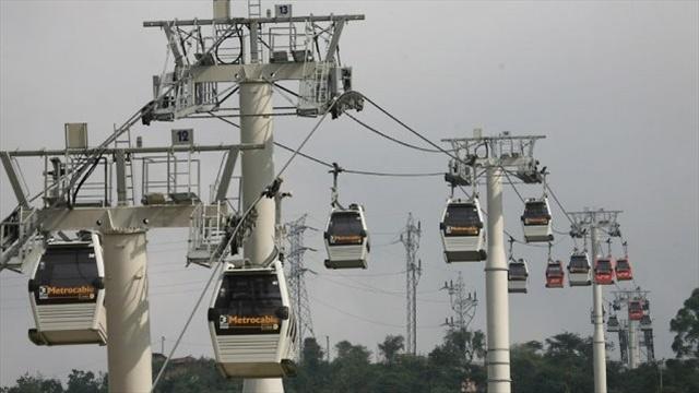 Suspenden operación de tres cables aéreos por fuertes lluvias en Medellín
