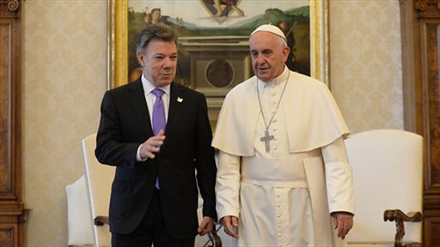 """Papa desea """"prosperidad creciente y una convivencia pacífica"""" a Colombia"""
