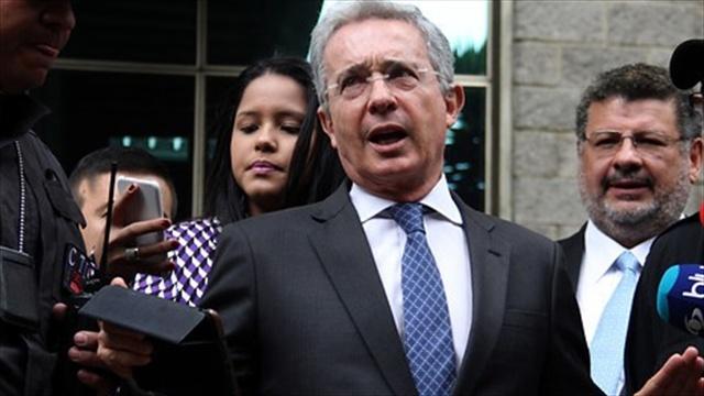 Farc están regresando a zonas de donde fueron sacadas, dice senador Uribe