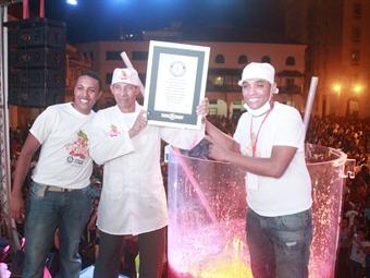 Colombia alcanzó Guiness Récord del cóctel de Camarón más grande del mundo