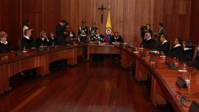 Santos lanza convocatoria pública para magistrado de Corte Constitucional