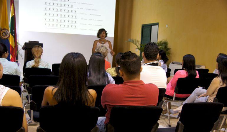 Jornada contra la captación ilegal de dinero en Cartagena.