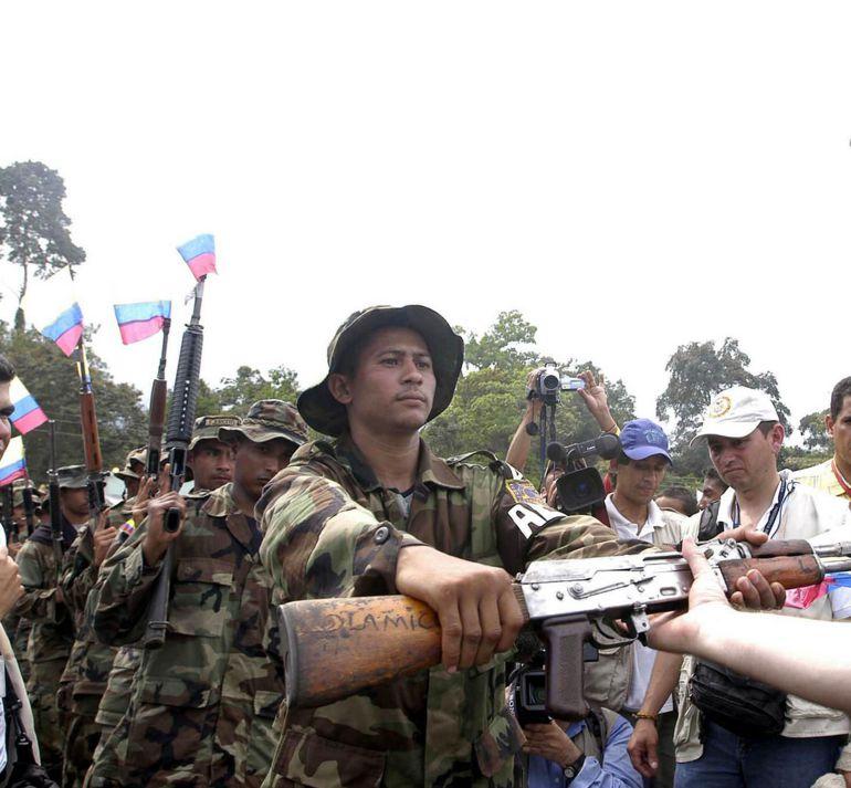 La Internacional Socialista sería garante de desarme de las Farc