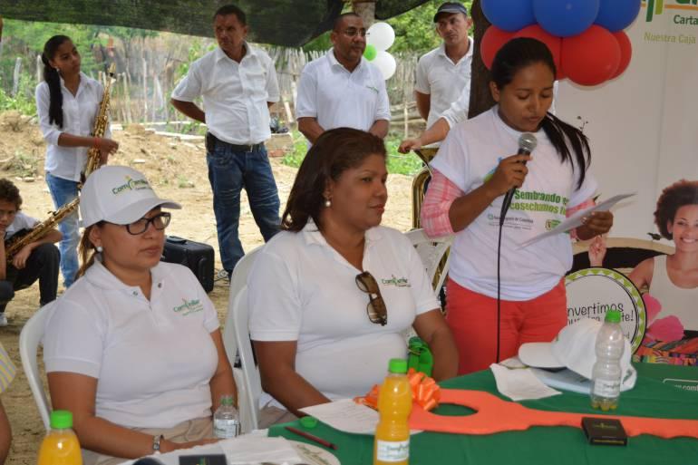 Minagricultura entregan casas a desplazados en Zambrano, Bolívar