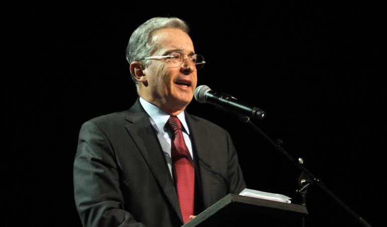 Expresidente y ahora senador Álvaro Uribe Vélez.