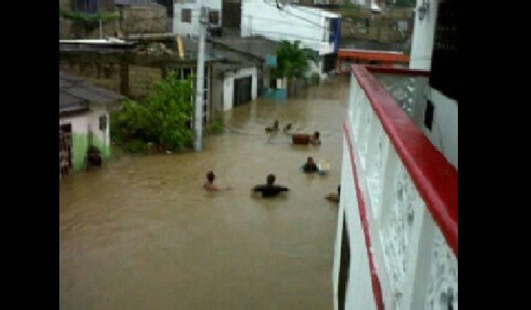 Lluvias causan inundaciones en varios sectores de San Andrés
