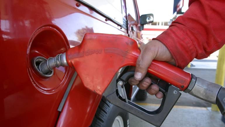 Dario Vela Gasolina Crisis petrolera Escasez de gasolina en Ipiales: Escasez de gasolina en Ipiales, Nariño