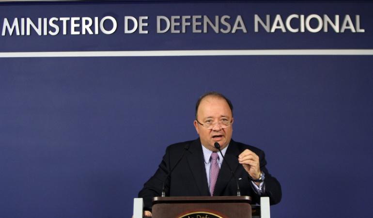 Justicia Transicional paz Colombia: Justicia transicional garantiza reparación a familias de víctimas: mindefensa