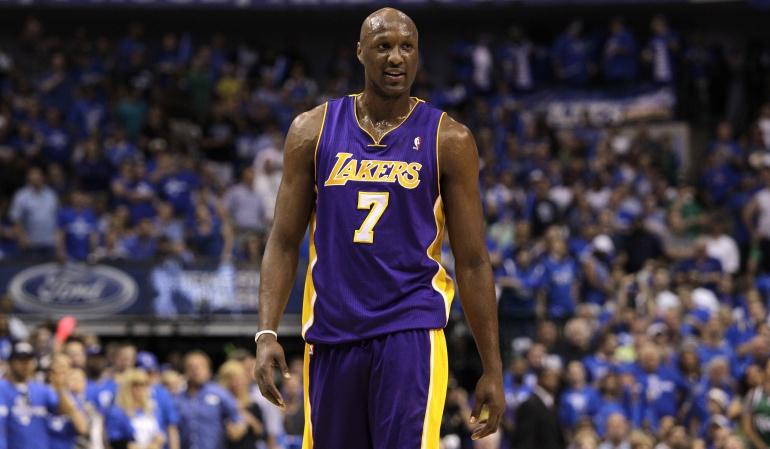 Lamar Odom Los Ángeles Lakers: Lamar Odom ya está consciente y respira por sí mismo