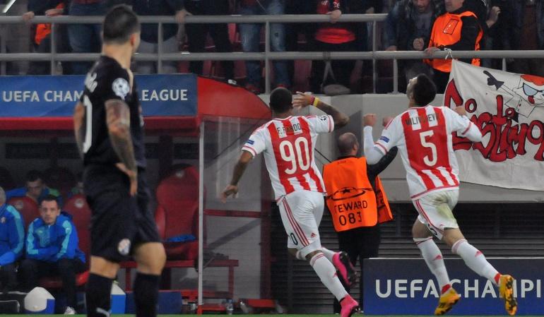 Felipe Pardo marca doblete y le da la victoria al Olympiakos en Champions
