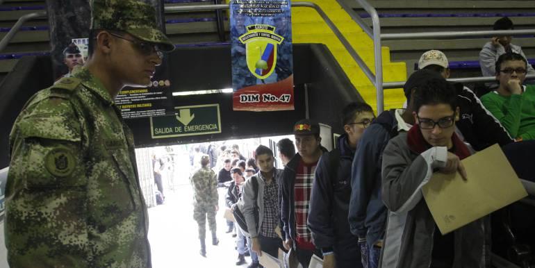 Ejército debe ajustar directrices para que ciudadanos puedan definir su situación militar