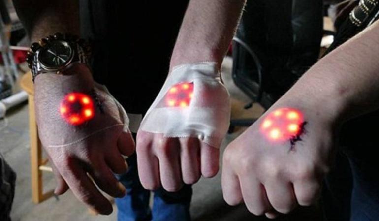 """Los """"biohackers"""" que se hacen """"tatuajes luminosos"""": ¿te harías uno?"""